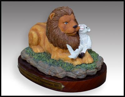Lion & Lamb Figurine